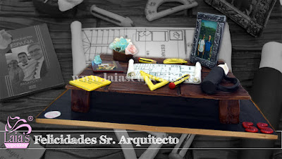 Tarta personalizada fondant mesa arquitecto Laia's Cupcakes Puerto Sagunto