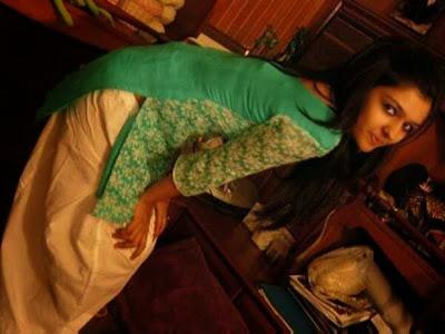 Super Hot Sexy Desi Girls Photo indianudesi.com