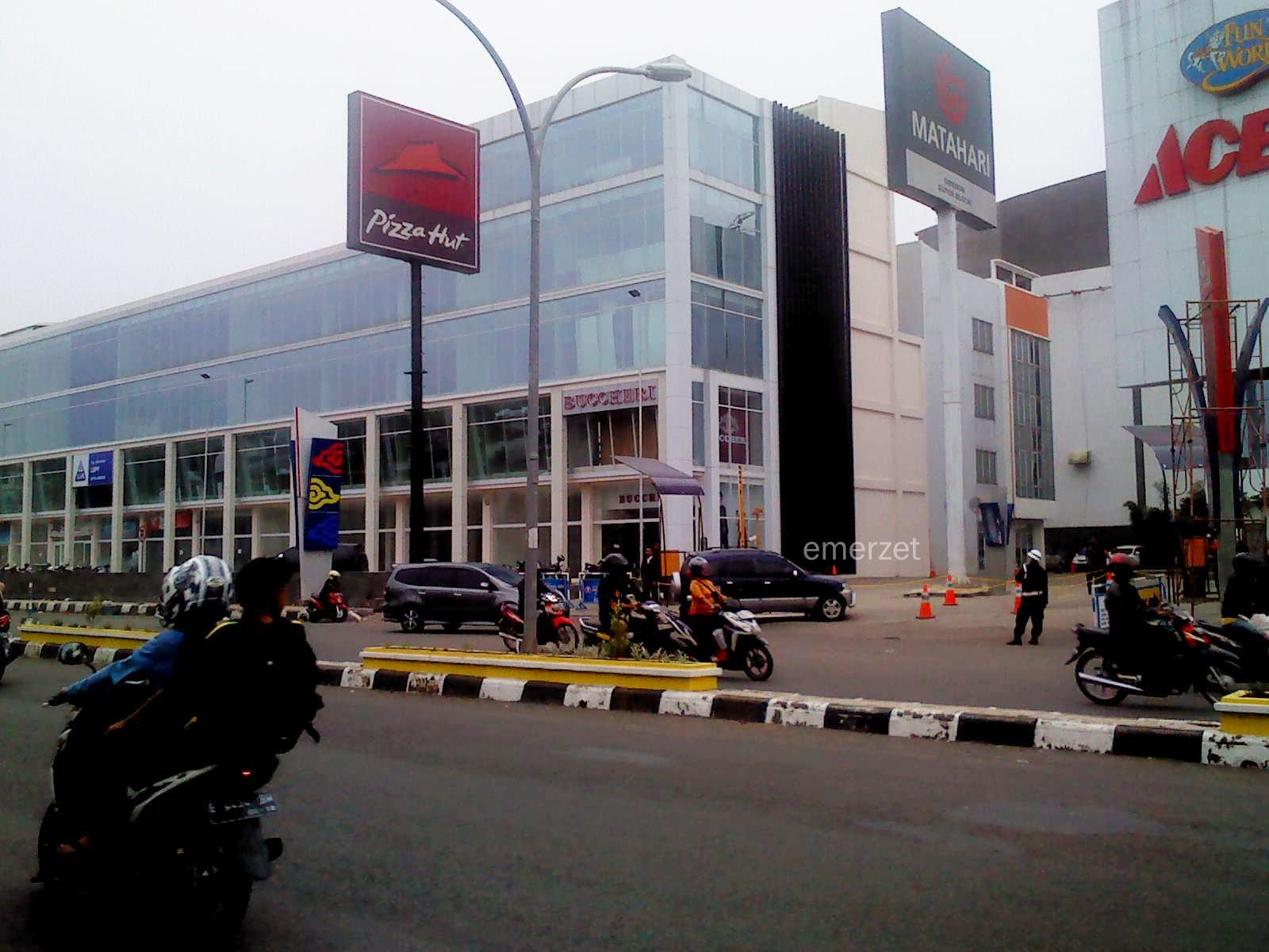 Office Park Cirebon Superblock-kota Cirebon, terlihat signage Bucherri dan LIA telah mengisi unit Office CSB