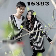 baju-couple-lengan-panjang-salur-hitam