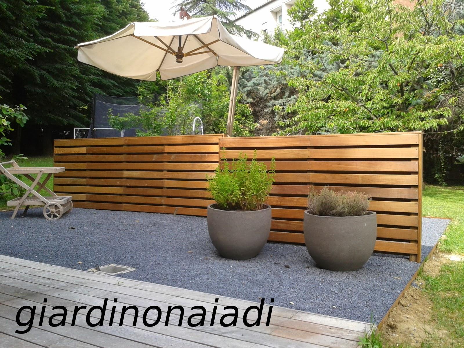 Il giardino delle naiadi un posto per il patio for Soluzioni per piccoli giardini