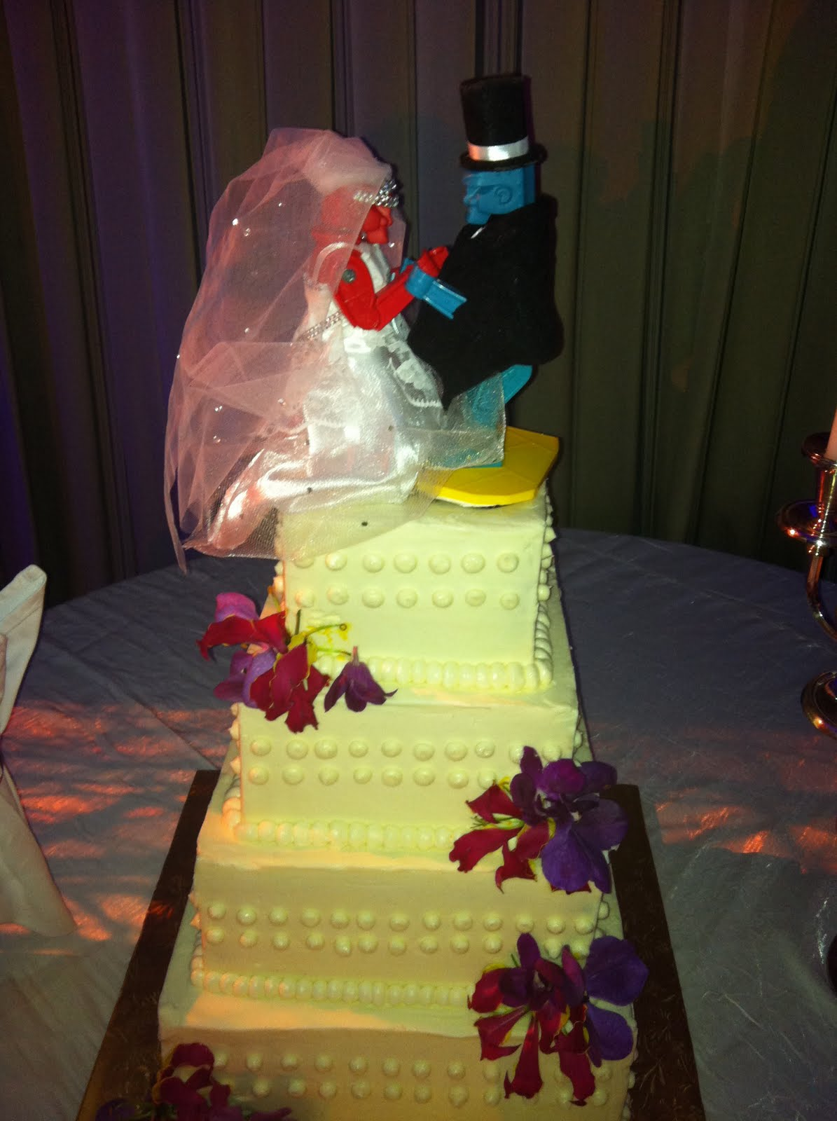Rock Em Sock Robots Wedding Cake Topper - 5000+ Simple Wedding Cakes