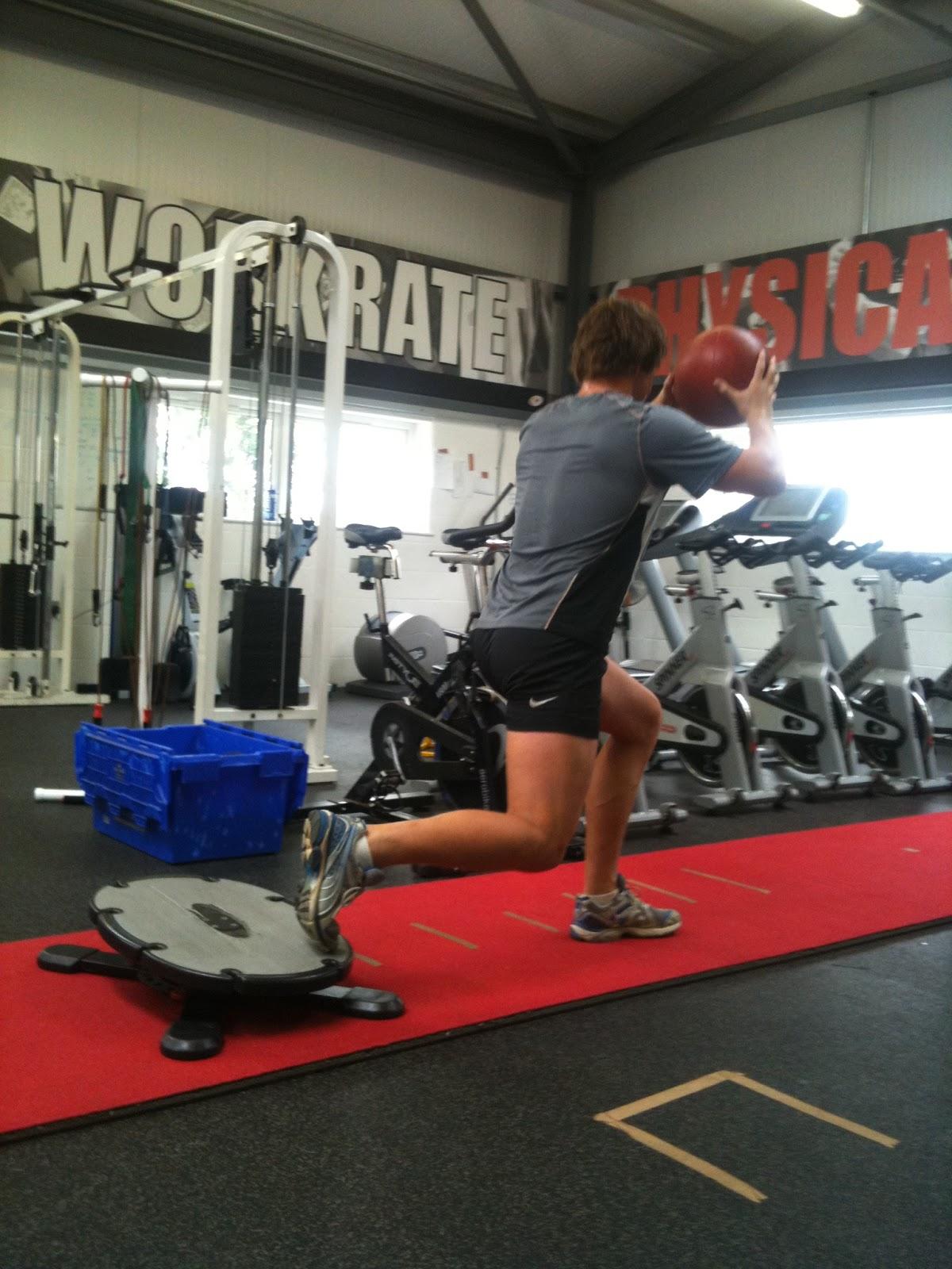 susceptible hip flexors yoga