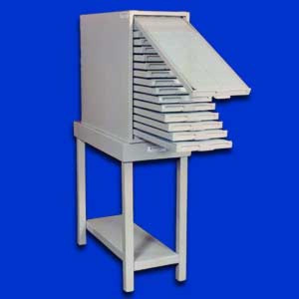 FICHEROS mueble que contiene fichas las cuales son pedazos de