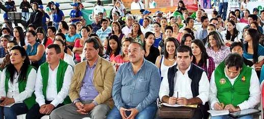 Comunidad en acci n provincia de garcia rovira for Oficinas santander malaga