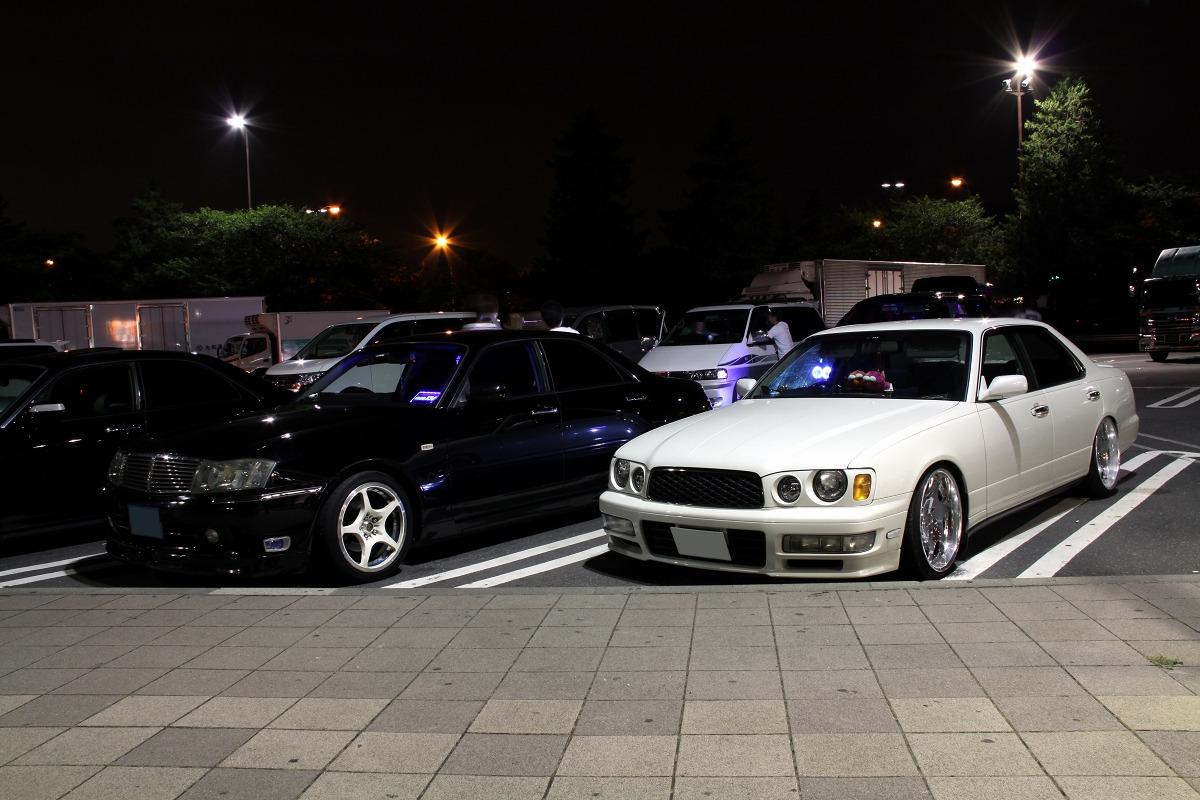 Nissan Cedric Y34 & Nissan Gloria Y33  nocne zdjęcia z samochodami