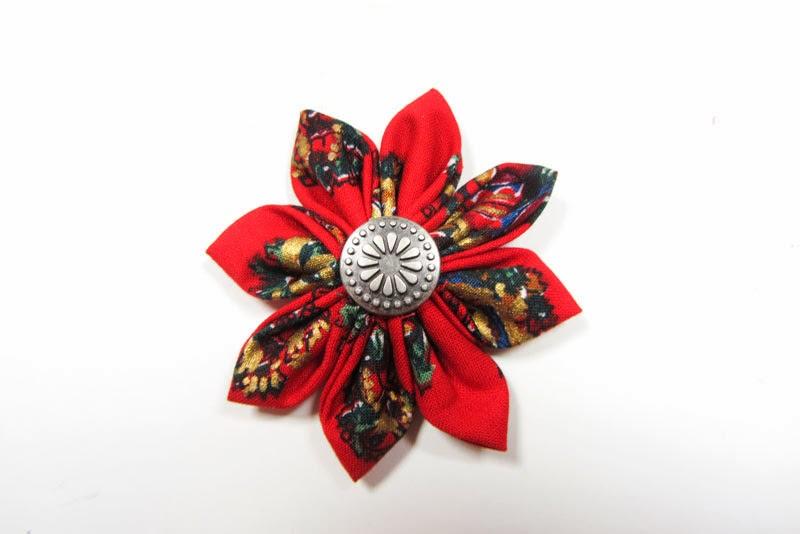 Tutorial para hacer flores navideñas de tela - Diseño de marcas bonitas