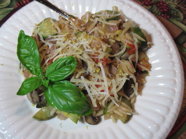 Summertime Orzo Veggie Salad Recipe