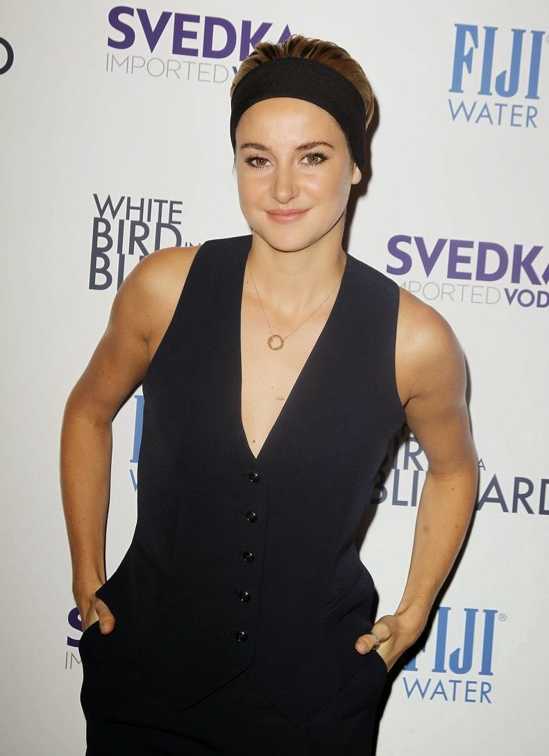 "Who else can say that? Nobody! Because Shailene Woodley has more prettiest than anybody woman in this world. The 22-year-old has decided that the lower half is not a necessary part of an outfit as she headed her new film screening, ""White Bird"" at Manhattan, NY, USA on Wednesday, October 15, 2014."