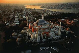 الأماكن السياحية اسطنبول الصور 2292-ayasofya1.jpg