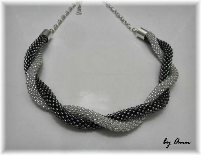 naszyjnik koralikowy szary i srebrny