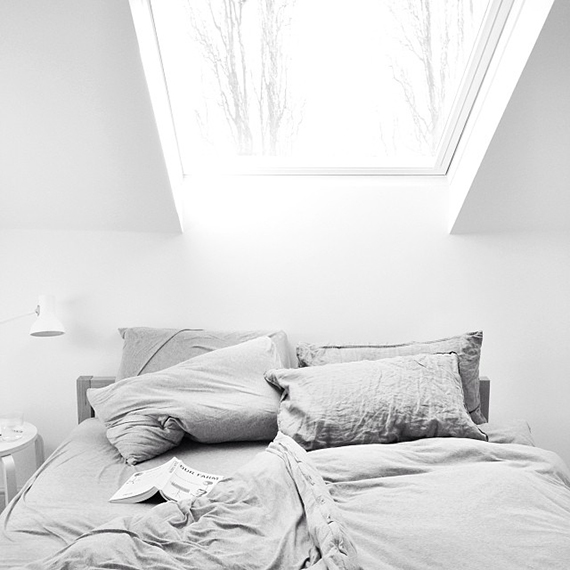 White bedroom to make you dream | Image by Leila Peterson