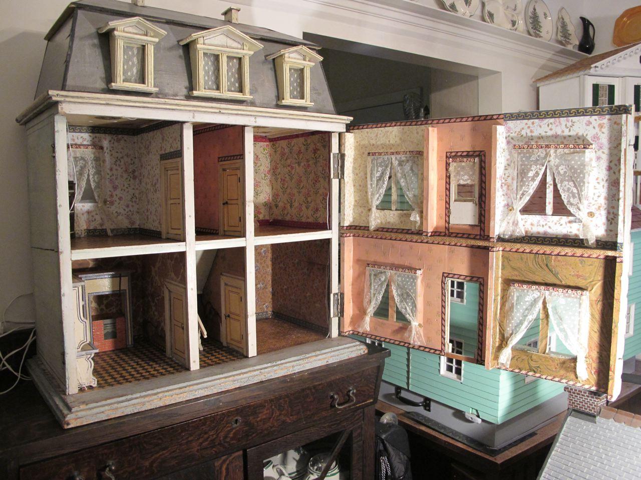 Susan S Mini Homes Christian Hacker Antique Dollhouse