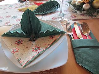 tischdekoration gr ne weihnachten home fashion servietten und tischdekoration. Black Bedroom Furniture Sets. Home Design Ideas