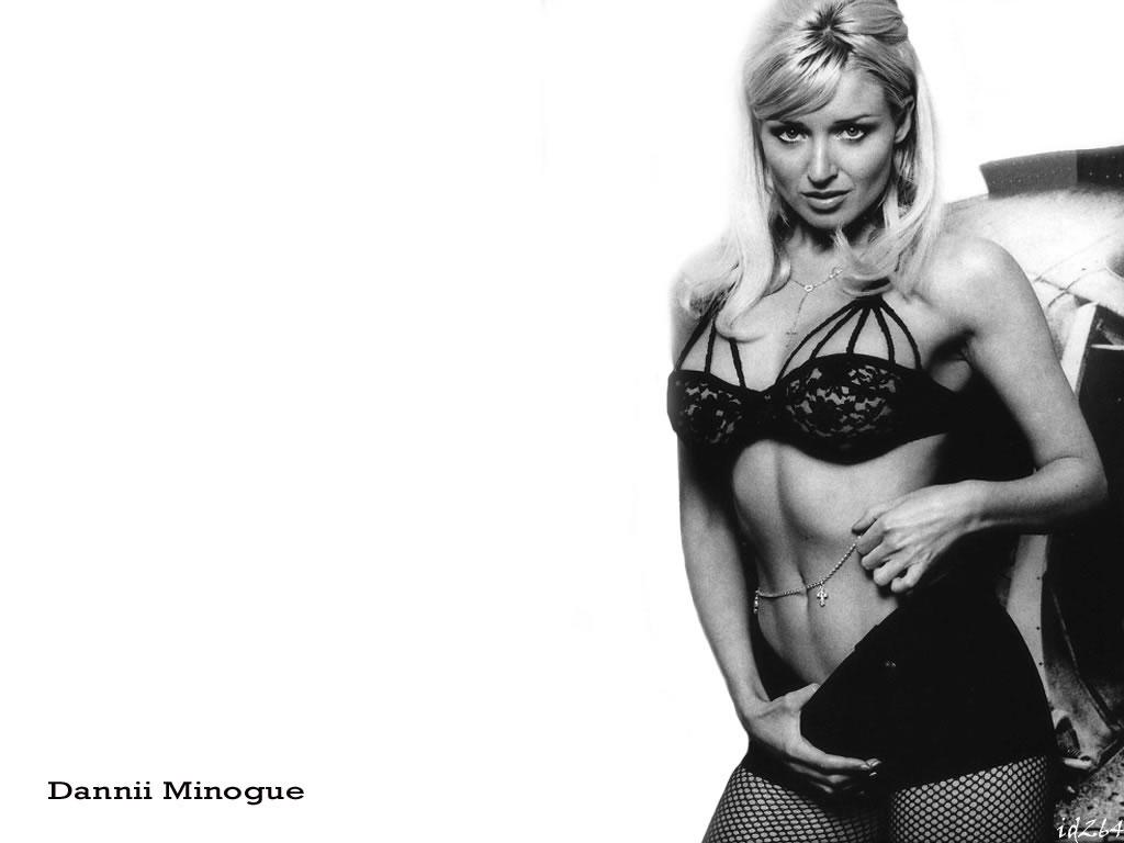 http://3.bp.blogspot.com/-KSBHTmw6aYU/UX503rpYfkI/AAAAAAAA9EM/EqK5ZO-M5-8/s1600/danni-minogue-sexy-blond.jpg