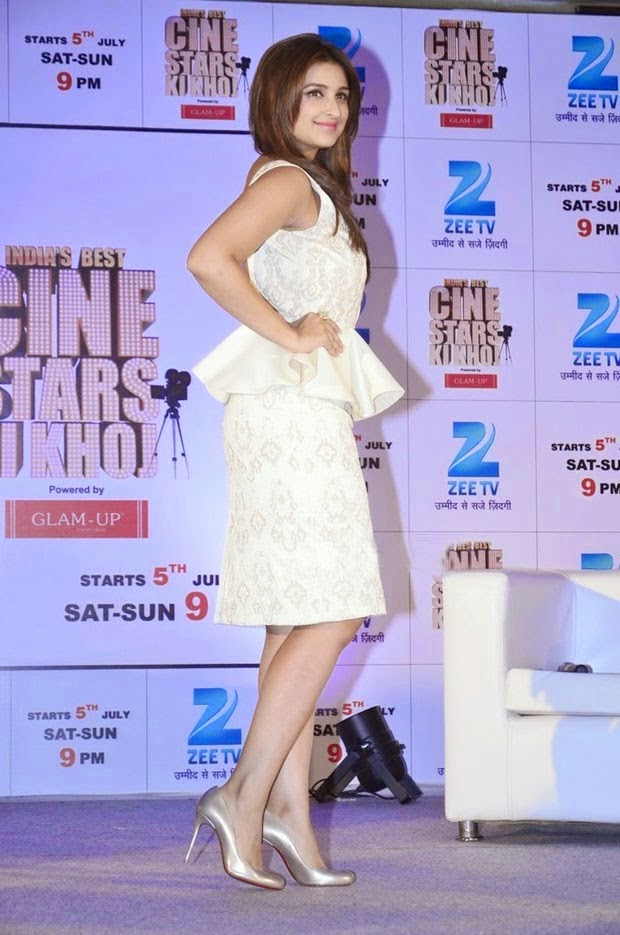 Parineeti Chopra hot hd legs picture