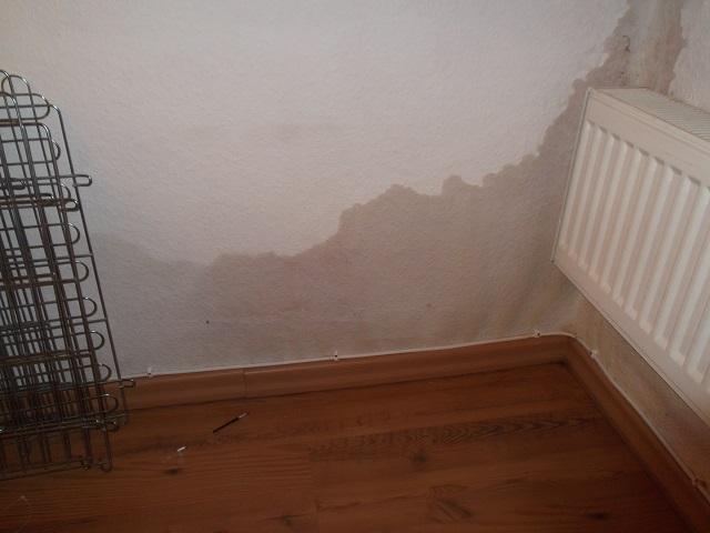 Stunning Nasse Wand Im Schlafzimmer Ideas - Einrichtungs & Wohnideen ...