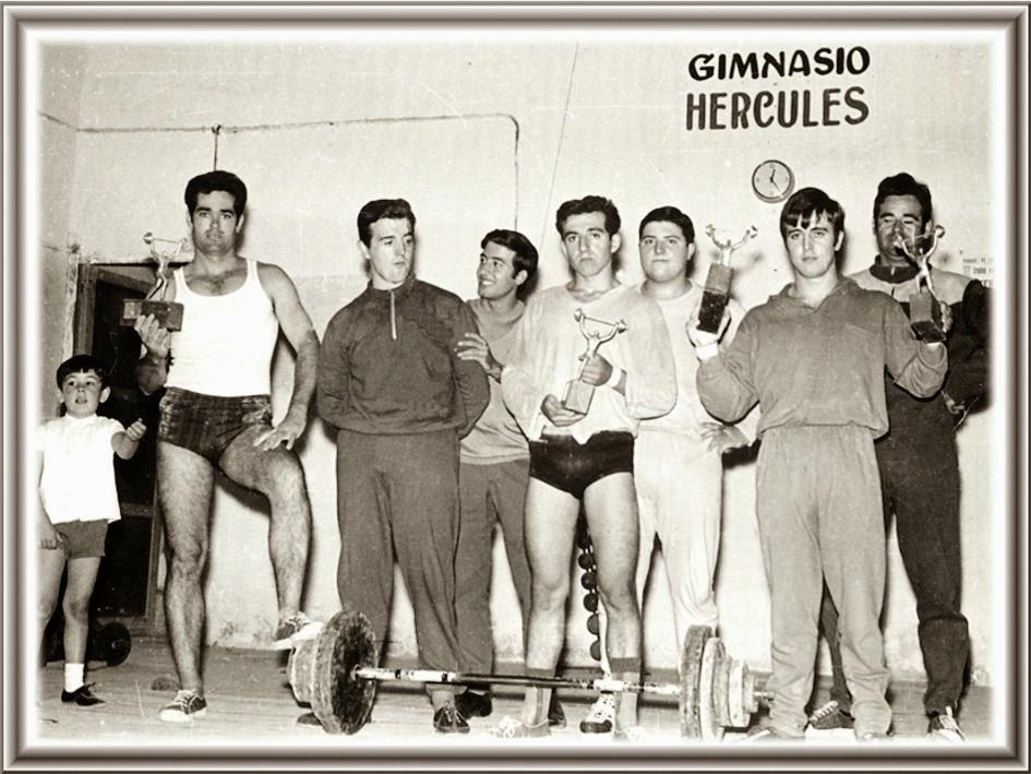 Fotos antiguas de ibi gimnasio h rcules de ibi1970 for Gimnasio hercules