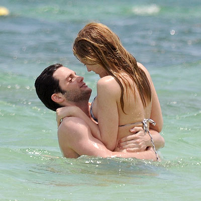 Blake Lively  Penn Badgely on Hd Images Google  Blake Lively And Penn Badgley 2010