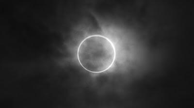 foto gerhana matahari 2012