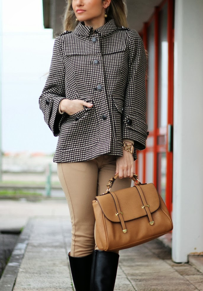look do dia, camel, preto, casaco, coat,  padrões, tendências, outono inverno 2013/2014, leggings, high boots, polka dots, patterns, birthday, cs hotel do lago, montargil, alto alentejo, satchel bag, zara, sfera, zilian, dkny, woman fashion, moda mulher, streetstyle, cláudia nascimento, blog de moda, portugal