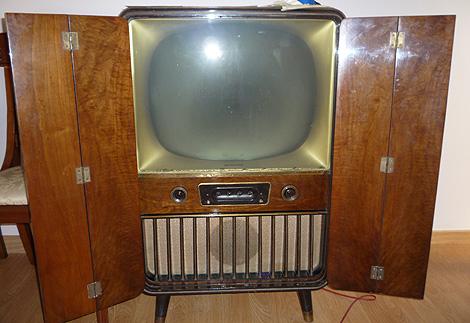 Televisor imagenes de televisores antiguos for Fotos de televisores