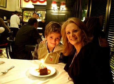 ... el cumpleaños de su hijo Nicolás (Foto: Twitter @ebuenfil