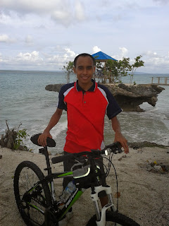 Gowes Sepeda ke Pantai Katembe Kab. Buton