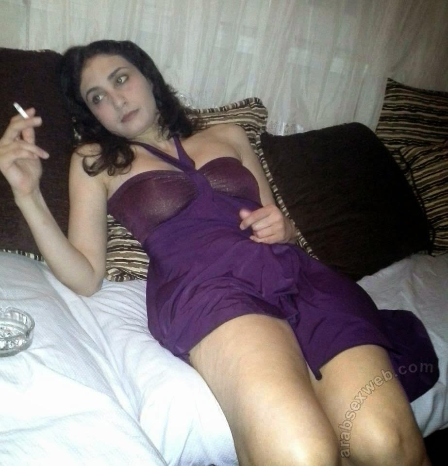 Eski rahibenin anal sikişe susamış pornosu  Sürpriz Porno