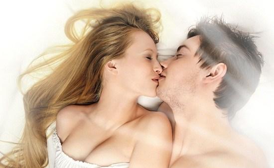 Lợi ích việc quan hệ tình dục vào buổi sáng