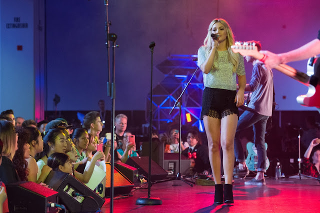 Actress, Singer @ Olivia Holt - Performing D23 Expo at Anaheim Convention Center in Anaheim