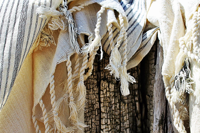 Luxe uitvoering, beperkte oplage: silk river, zijde met linnen