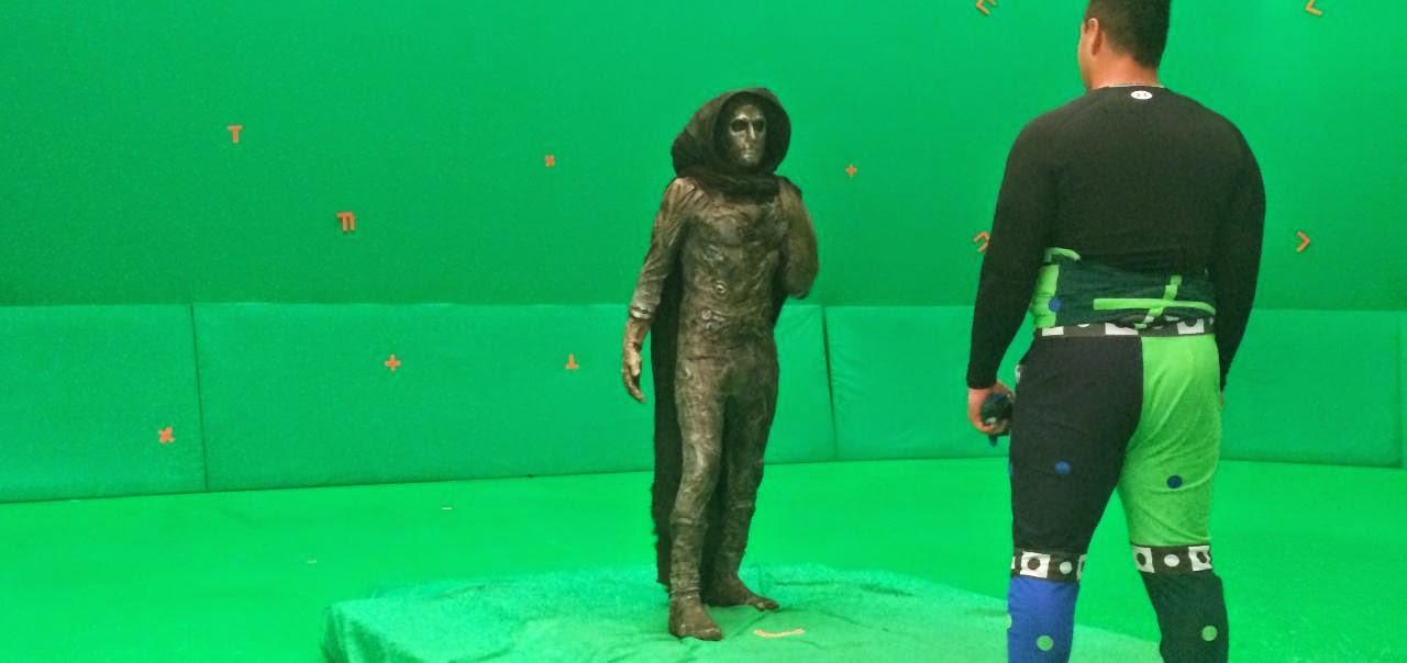 Toby Kebbell como el Dr. Muerte
