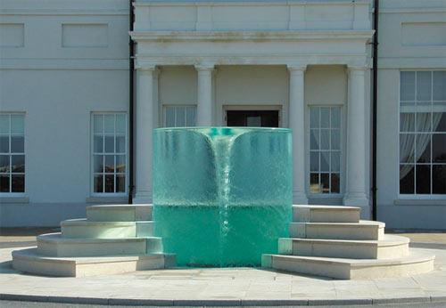 En attendant le printemps, pourquoi ne pas s\u0027installer une petite fontaine  dans la maison, histoire d\u0027entendre le doux clapotis de l\u0027eau sur les