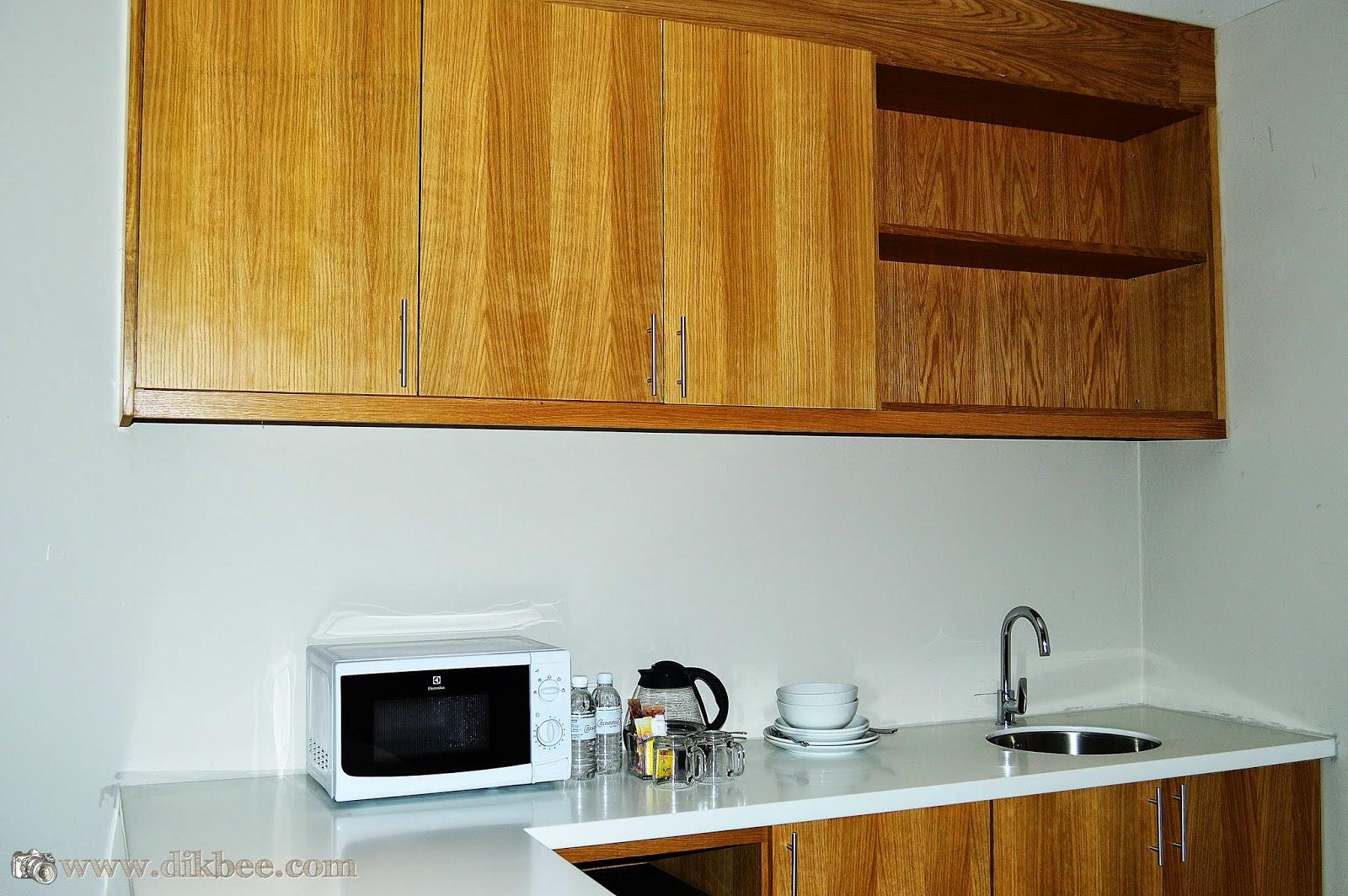 Dapur Dalam Bilik Hotel Casuarina @ Meru