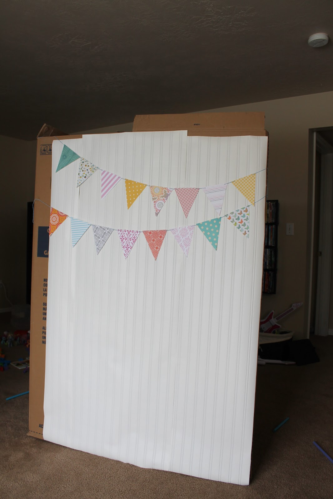 How to make a fabric backdrop - Yes Wallpaper Have You Heard About This It S Going To Make Its Way Onto A Wall Soon But It Works Great As A Backdrop For Now