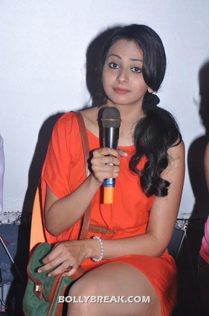 Rakhul Preet Singh -  Rakhul Preet Singh Hot pics in red dress