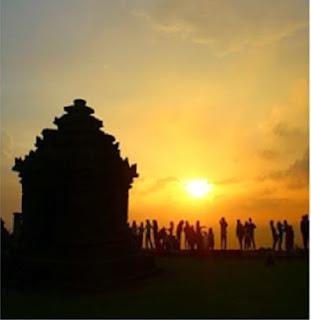 Sunset candi tertinggi, candi IJO di Yogyakarta