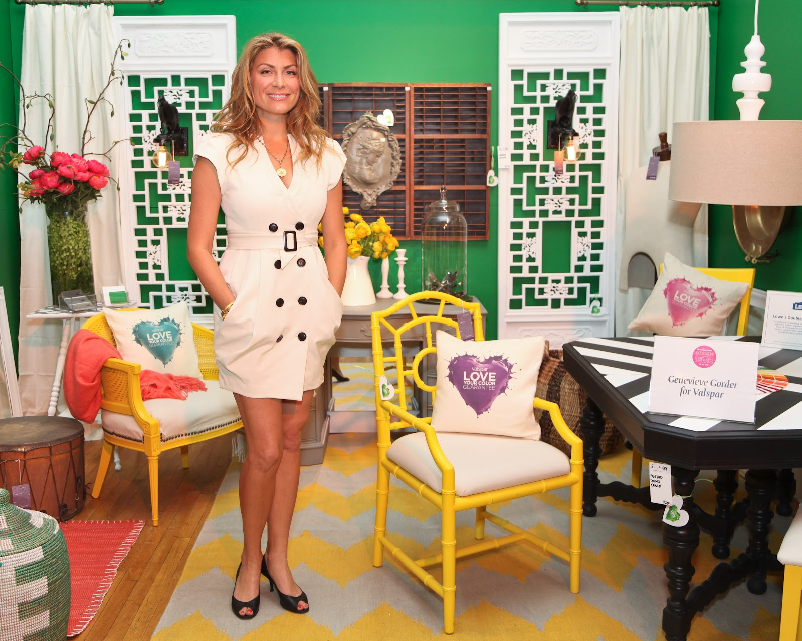 Decor Musings: Genevieve Gorder's Design on a Dime Room Vignette