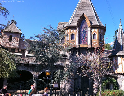 Snow White's Scary Adventures Evil Queen ride entry Disneyland