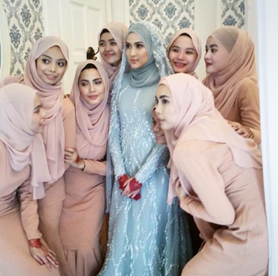 Foto Pernikahan Hanis Zalikha - Hairul Azreen