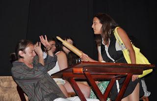 A peça teve a participação do professor Ayrton Rebello e divertiu o público