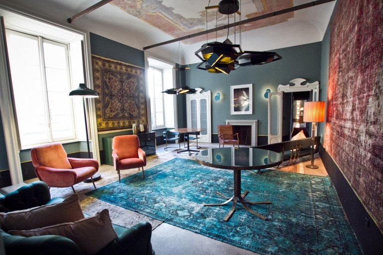 die wohngalerie dimore studio arbeitet gerne in taubenblau. Black Bedroom Furniture Sets. Home Design Ideas