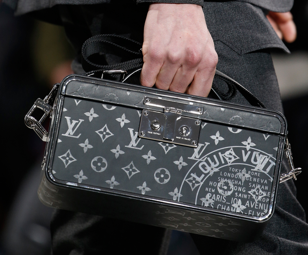 269b6c96c54a MIKE KAGEE FASHION BLOG   LOUIS VUITTON DEBUTS NEW BAG COLLECTION AT ...