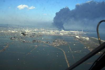 tsunami gempa bumi jepun 2011 maria ozawa