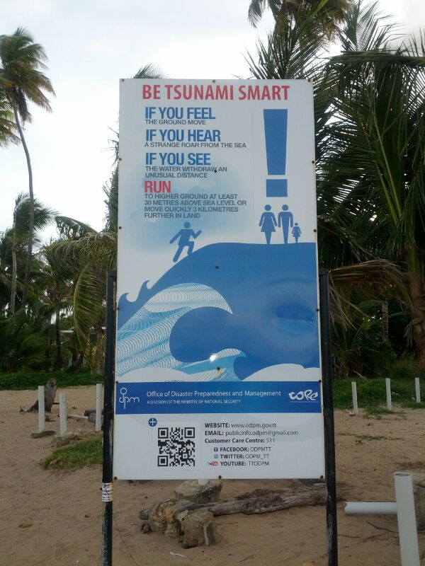 TSUNAMI WARNING SIGN ON MAYARO BEACH