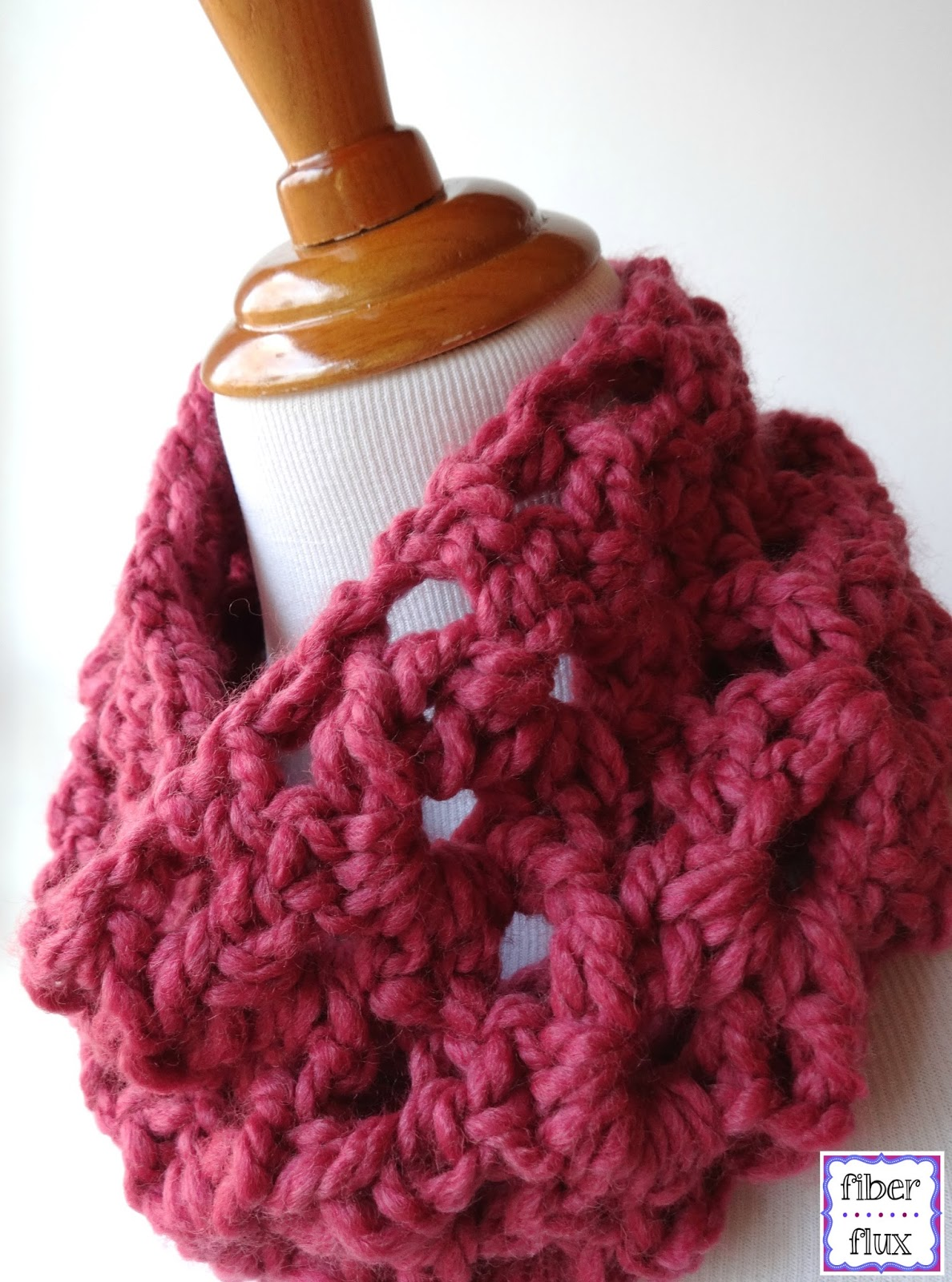 Free Crochet Patterns Cowls : Fiber Flux: Free Crochet Pattern...Agnes Lace Cowl!