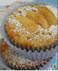 Apple cake or muffins recipe for little kitchen!