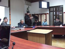 Aspect din timpul comunicării ieromonahului drd. Dosoftei Dijmărescu, 24.II.2011...