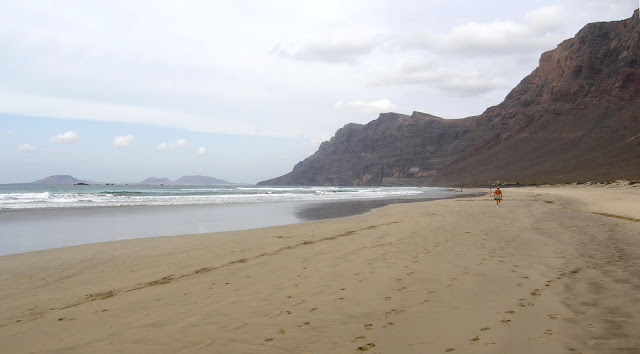 Nude beach Famara (Lanzarote)